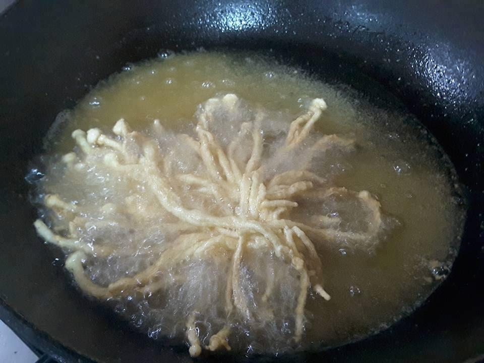 membuat cendawan inoki goreng bersalut tepung  resepi Resepi Inti Yong Tau Foo Enak dan Mudah